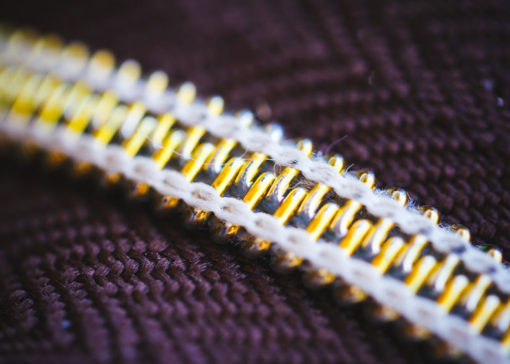 Macro of zipper
